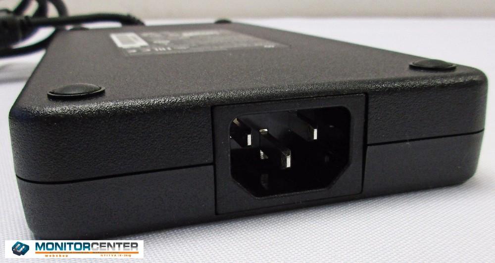 DELL 19,5V 12.3A 240W adapter